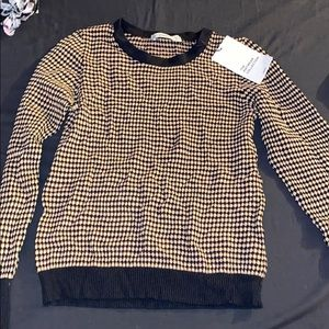 Knitted long sleeve